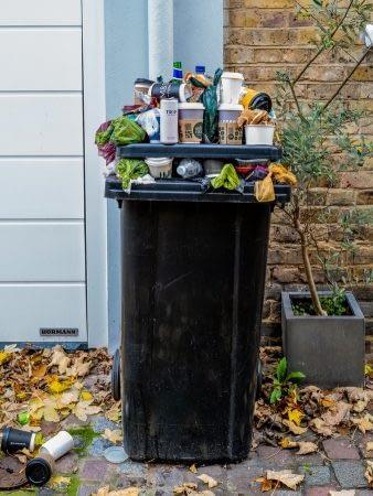How to clean a wheelie bin